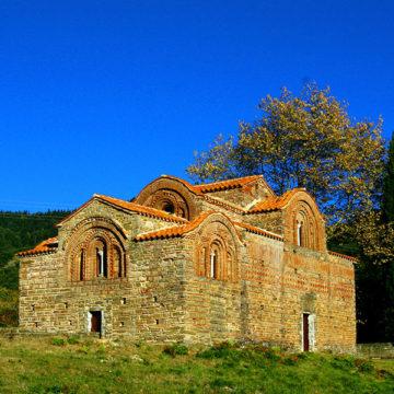 Η-Κόκκινη-εκκλησιά-Βουργαρελίου